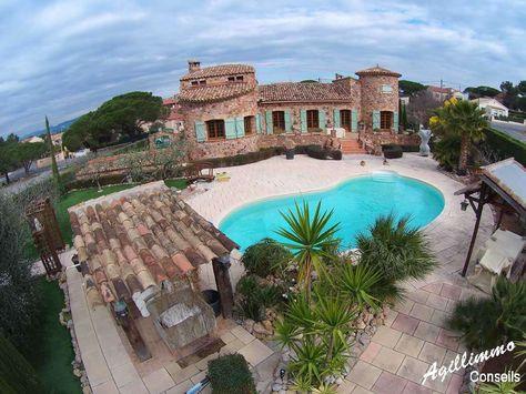 Propriété avec Gîtes et Chambres du0027hôtes FIGANIERES French riviera - location maison avec piscine dans le var