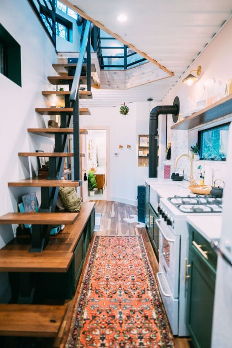 The Boho Hop is the newest design from the builders/owners of the box hop! Tiny House Loft, Tiny House Storage, Best Tiny House, Modern Tiny House, Tiny House Plans, Tiny House Design, Tiny House With Stairs, Two Bedroom Tiny House, Tiny Loft