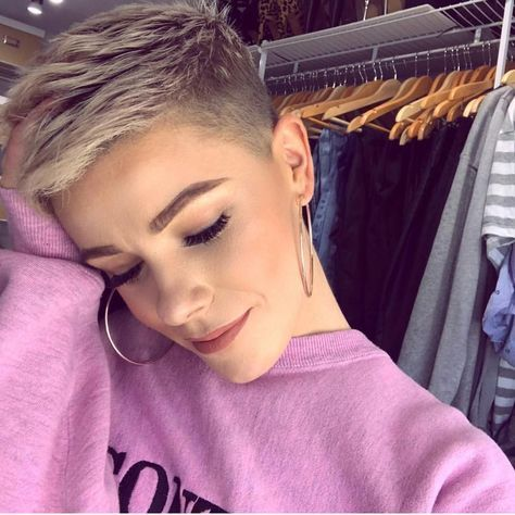 10 Chic Shaved Haircuts For Short Hair 2021 Stylish Short Haircuts Hair Styles Super Short Haircuts