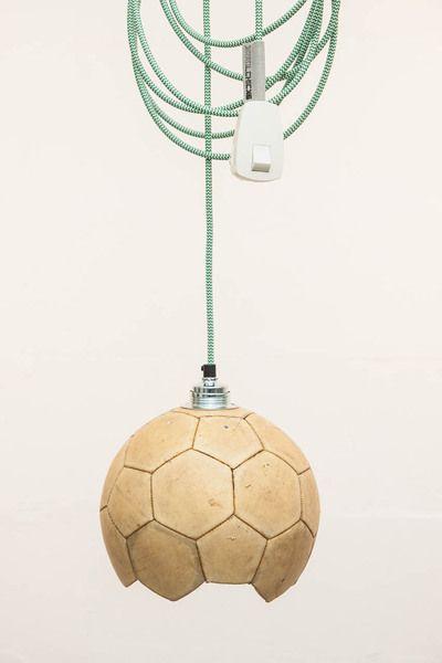 Fußball - Hängelampe - Upcycling Textilkabel von topf und deckel auf DaWanda.com