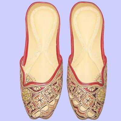 67e1f147ea9b47 multani khussa for woman collection