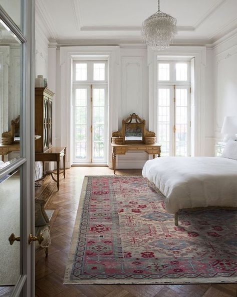 Let Your Soul Get Inspired #interiordesign #rugs #homedecor #decoration #loverugs #homedecoration #decorlovers #ruglovers #bedroom #bedroomrugs #bedroomideas