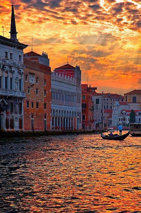 Coucher de soleil sur Venise ...
