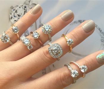 4 نصائح لاختيار خاتم خطوبة مميز Jewelry Diamond Bracelet Diamond Ring