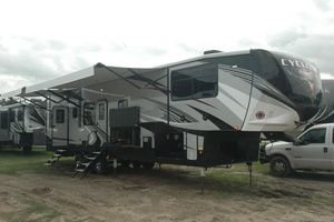 2019 Heartland Cyclone Cy 4007 Navasota Texas With Images Recreational Vehicles Used Rvs New Inventory