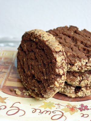 Biscotti alle arachidi e cannella