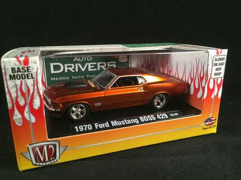 M2 Machines Auto-Drivers 1:64 R70 1970 Ford Mustang Boss Racepak