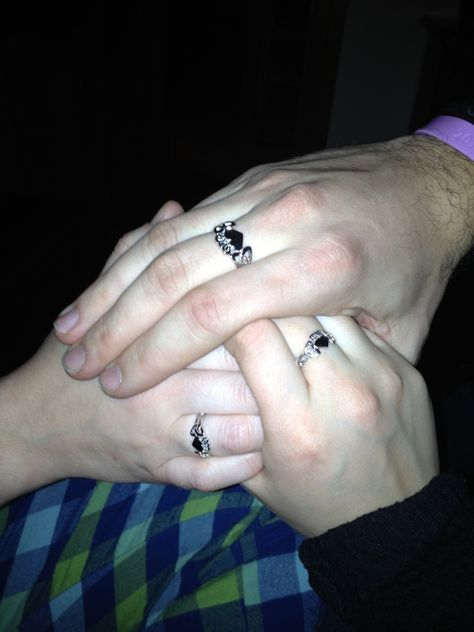Polyamorous Wedding Rings : polyamorous, wedding, rings, Polyamorous