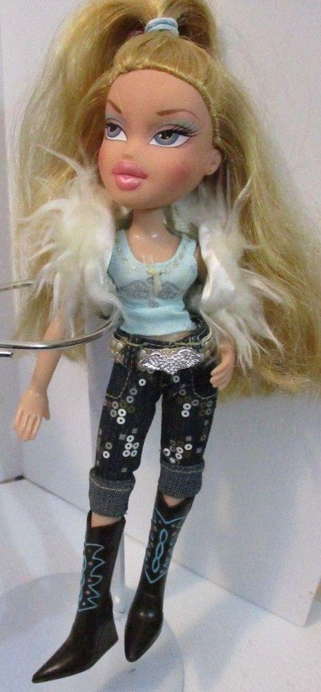 Bratz Doll Long Blonde Hair Blue Top Fur Vest Pants Silver Belt Boots Bratz Bratz Doll Long Blonde Hair Blue Hair