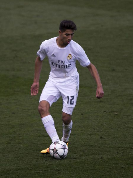 Achraf Hakimi Photos Photos Real Madrid Cf V Sl Benfica Uefa Youth League Real Madrid Madrid League