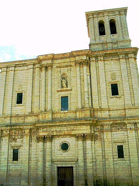 Rodrigo Gil De Hontanon Y Sucesores Iglesia De Santiago En