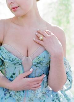 Behind the Scenes of a Floral Design Workshop in Rome  | #weddingdress #weddingdresses #colofrfulwedding #bluewedding #blueweddingideas #blueweddingdress #springwedding