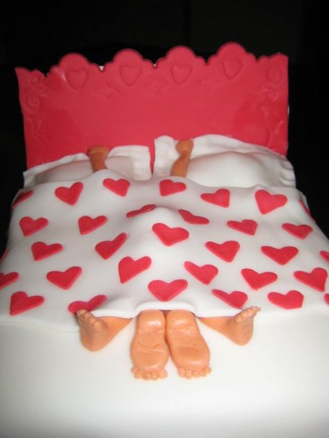 naughty Valentines cake.....Kinda thought this was cute too :)