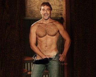 LAVERNE: Dean jeffrey morgan naked