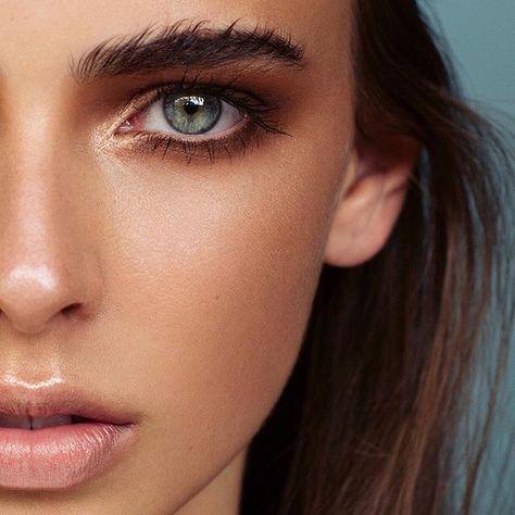 Makeup by Ania Milczarczyk storbing highlight luminous skin natural make up…