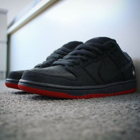 canon Go check out my Nike SB Dunk...