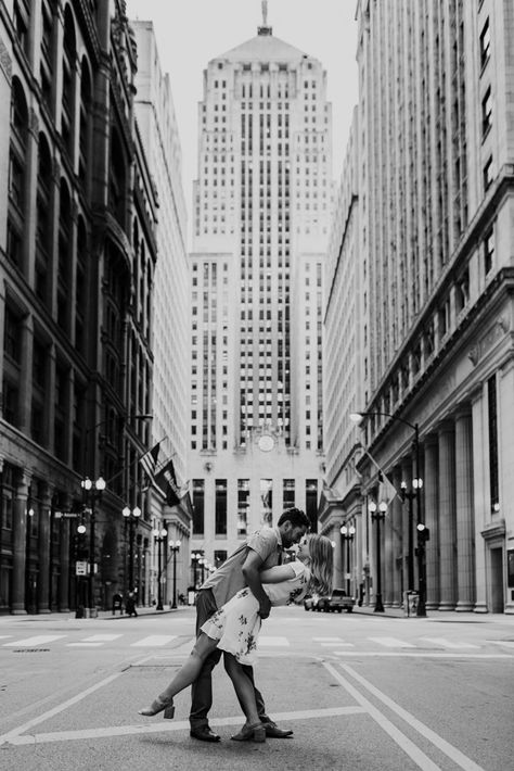 Classic photo of couple dipping in street at the Chicago Board of Trade building