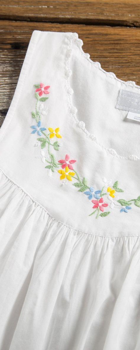 For women. Linen nightgown Hand embroidered Sleeveless shirt