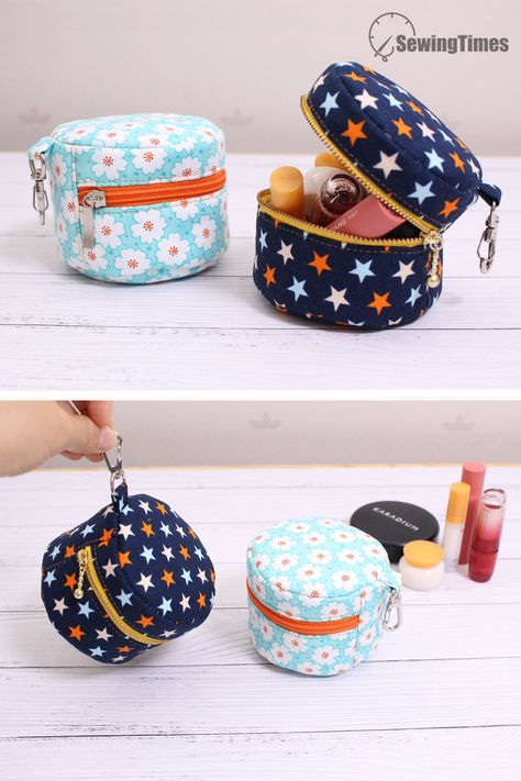 DIY CUTE MAKEUP BAG - Sewing Gift Ideas This pouch is great for holding small cosmetics or coins. Diy Pouch No Zipper, Zipper Pouch Tutorial, Zipper Bags, Purse Tutorial, Coin Purse Pattern, Pouch Pattern, Makeup Bag Pattern, Cute Makeup Bags, Diy Makeup