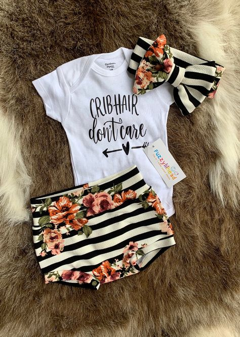 Awesome baby arrival detail are offered on our internet site. look at this and you wont be sorry you did. Going Home Outfit, Take Home Outfit, Baby Coming Home Outfit, Set Fashion, Baby Girl Fashion, Toddler Fashion, Cute Baby Girl Outfits, Cute Baby Clothes, Baby Girl Camo Clothes