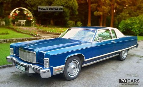 1975 Lincoln Town Coupe