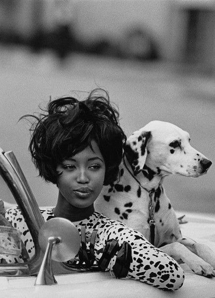 Naomi Campbell - The Most Iconic Vintage Short Hairstyles - Photos