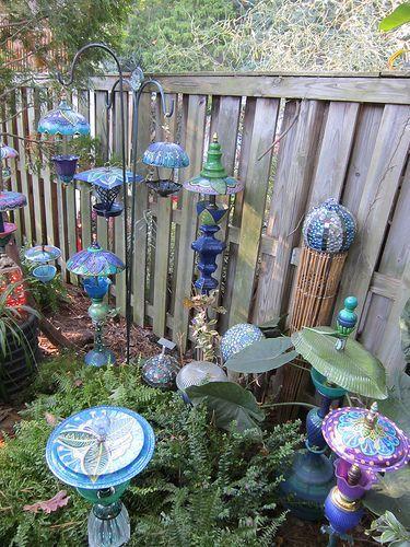 Diy Garden Art Ideas Recycled Garden Art Garden Art Glass