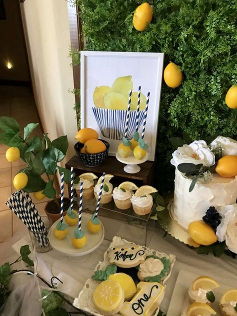 Chelsey Flint Events's Birthday / Lemon - Photo Gallery at Catch My Party Mom Birthday Crafts, 80th Birthday Gifts, Birthday Parties, Bridal Shower Decorations, Diy Party Decorations, Housewarming Party Themes, Lemon Party, Tropical Party, Vintage Party