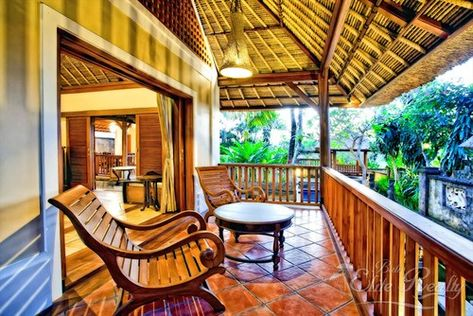 tipe rumah disewa di canggu | outdoor structures, pergola