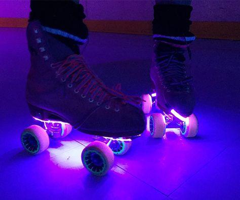 Roller Skates Lights :: CoolShitiBuy.com