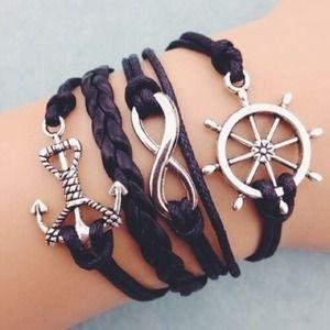 Cute Bracelets, Arm Party, Jewelry Accessories, Fashion Jewelry, Jewelry Making, Brittany, Friendship Bracelets, Jewellery, Fun