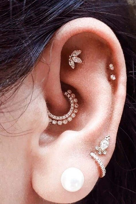 Explore the most popular types of ear piercings, from ear piercings minimalist to multiple ear piercings and ear piercings unique. #earpiercings #glaminati #lifestyle