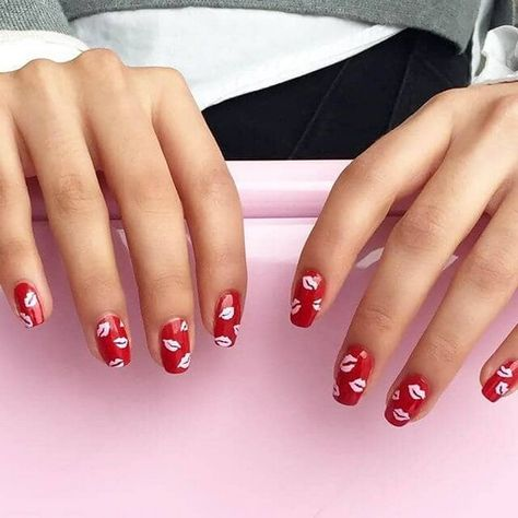 40+ Most Eye-catching Red Nails Design (include Geometric Nails, Acrylic Nails) - Page 25 of 43 - Trendy Elves