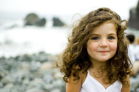 100 toddler pictures---these are FANTASTIC ideas. Pin now, read later.