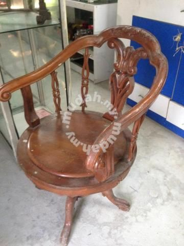 Kerusi Jati Zaman Purba Antik Hobby Collectibles For Sale In Johor Bahru Johor Chair Dining Chairs Decor