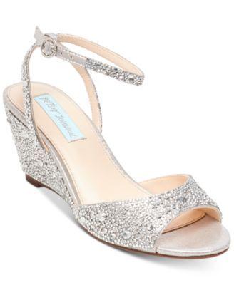 248fe4f28c25 NINA Jinjer Satin Hh Wedge Sandal.  nina  shoes