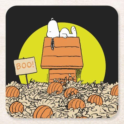Snoopy Halloween, Charlie Brown Halloween, Halloween Tags, Happy Halloween Quotes, Great Pumpkin Charlie Brown, Charlie Brown And Snoopy, Holidays Halloween, Vintage Halloween, Funny Halloween Pictures
