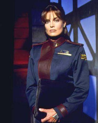 "BABYLON 5 Tracy Scoggins Autographed 8/""x10/"" Photo as Capt Elizabeth Lochley"