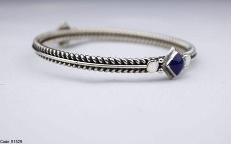 أنسيال مزخرف أزرق بسعر 475ج بدل من 585ج Women Accessories Accessories Women
