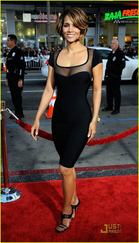 Halle Berry In Black Mesh Short Sleeve Sexy Bandage Dress