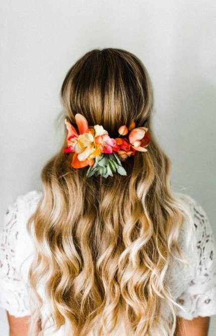 Flowers crown hairstyle summer 62 Ideas for 2019 #flowers