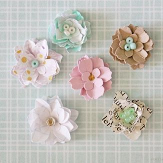 Make These Tiny Paper Flowers To Adorn All Your Crafty Projects In 2020 Paper Flowers Diy Paper Flower Tutorial Paper Flowers