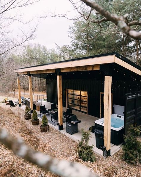The Lily Pad - Hocking Hills- Shipping Container - Tiny houses for Rent in Logan, Ohio, United States - Modern Design Tiny House Cabin, Tiny House Living, Tiny House Design, Barn Living, Modern Tiny House, Canoe House, Small Cabin Designs, Small Modern Cabin, Cottage House Designs
