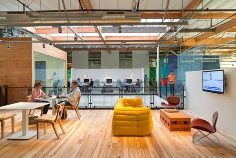 5 creative office designs boosting collaboration at top tech