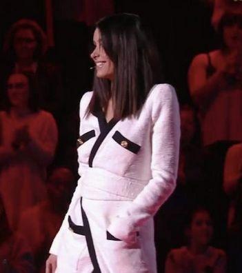 The Voice Kids Jenifer Portait Une Robe Hors De Prix Pour La Demi Finale En 2020 Jenifer