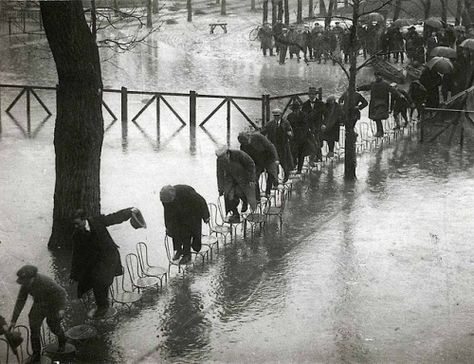 Roger Violet Gerry Images Paris Flood 1910 Rare Historical