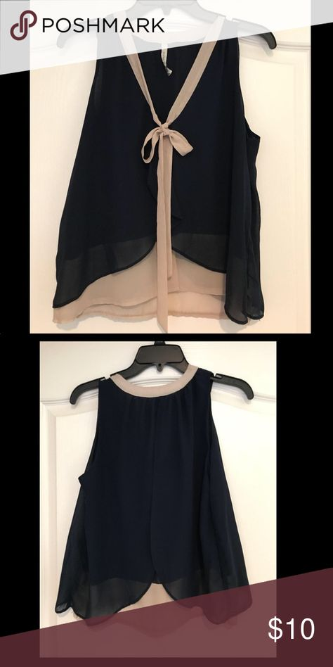 Paper Crane Navy & Tan Top NWOT Paper Crane navy and tan sleeveless top size small. Paper Crane Tops Tank Tops