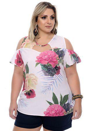 27da1aa2af6 Blusa confeccionada em viscose, gola v com detalhe em tule e amarração,  manga curta com ombro vazado, estampa floral. Entregamos em todo o Brasil.