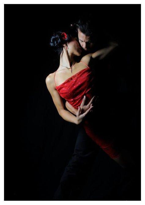 Clases de Baile   BSD – Pilar Olivares – MÁLAGA  951 39 33 20  /// 622 71 86 86