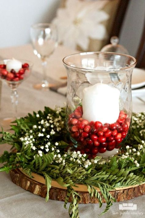 Simple and Natural Christmas Table Decor